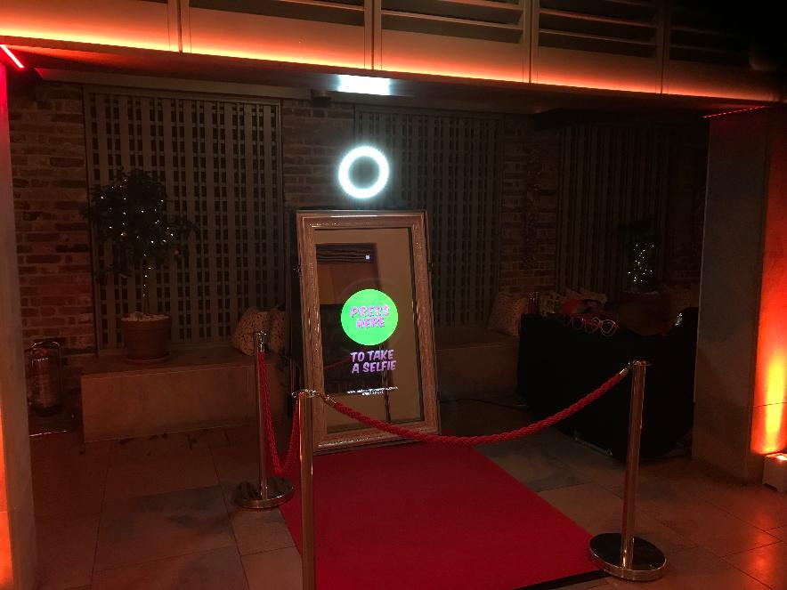 Magic Photo Booth Mirror Hire, Lancashire, Magic Selfie